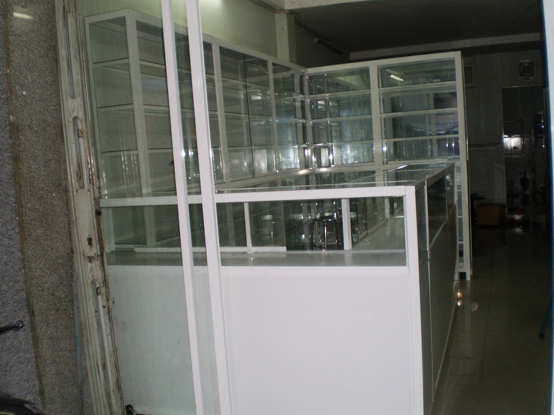 Làm tủ nhôm kính quận Tân Phú