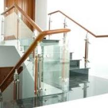 Sửa cầu thang kính quận 5